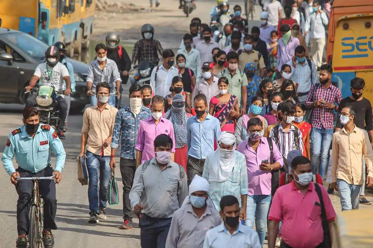 இந்தியாவில் கொரோனா பலி எண்ணிக்கை 1.95 லட்சத்தை கடந்தது