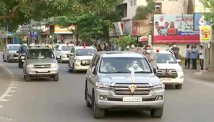 CM-Stalin-vehicle