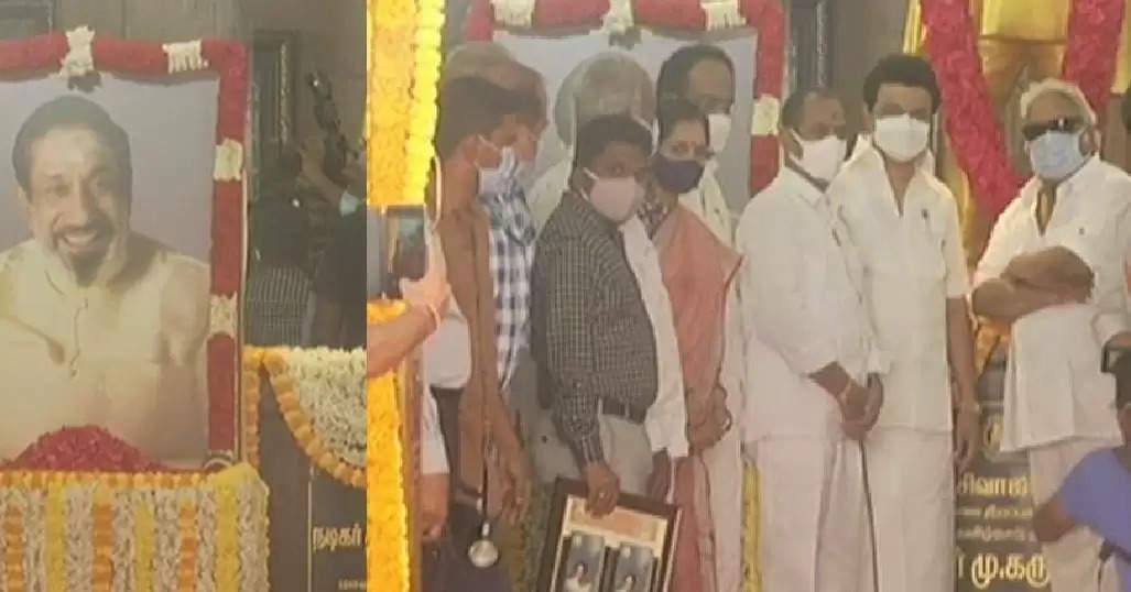 MKstalin-tributes -to-Sivaji