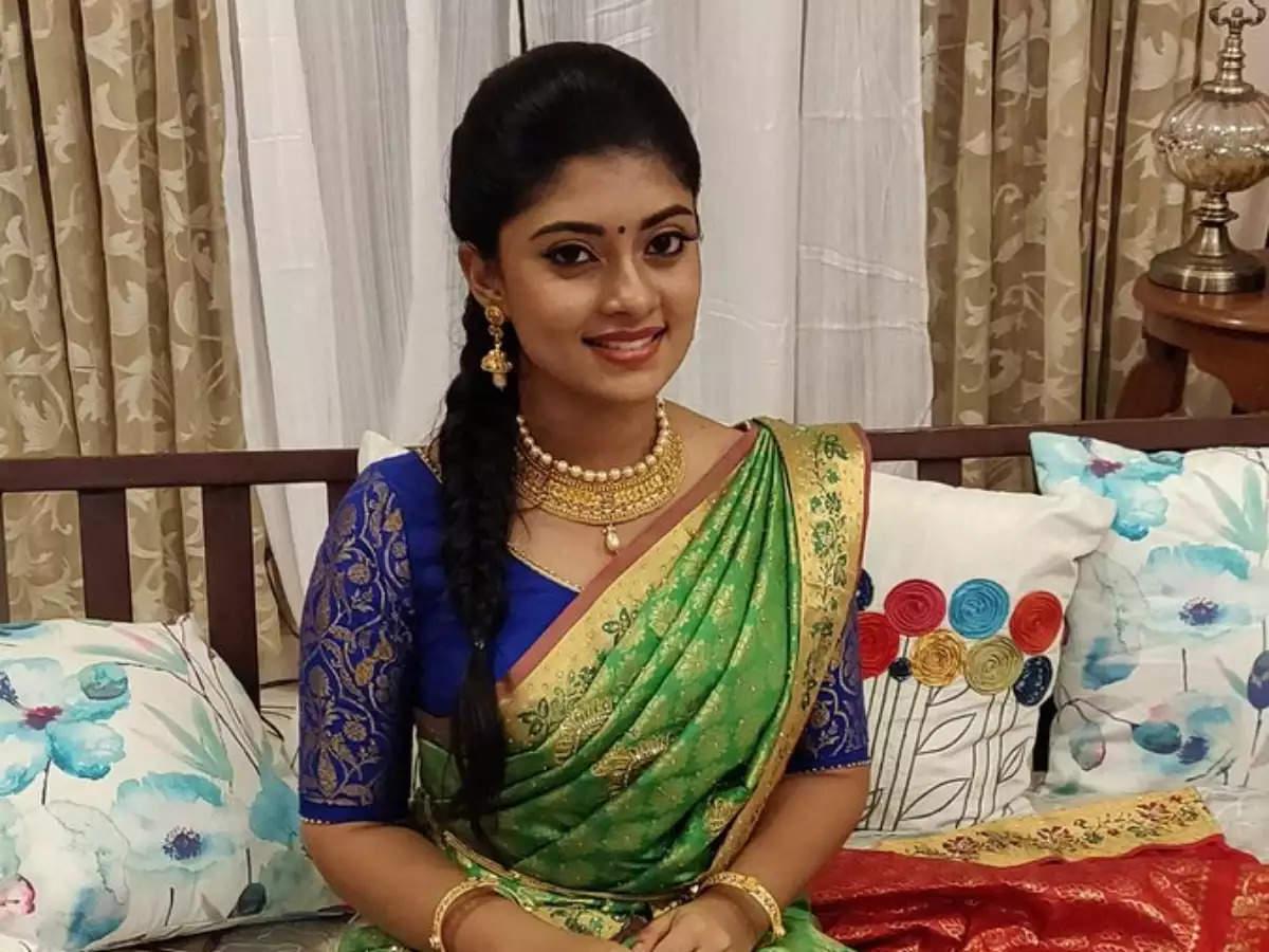 அசுரன் பட நடிகை அம்மு அபிராமிக்கு கொரோனா தொற்று உறுதி